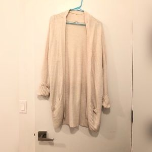 Aritzia - Talula cream cardigan
